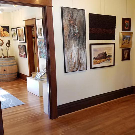 Interior of Gallery at Ten Oaks McMinnville Oregon